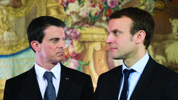 French Prime Minister Manuel Valls   and French Economy and Industry minister Emmanuel Macron after  meeting with CEO of French retail and supermarket group Systeme U (  and other representatives of supermarkets at the Hotel Matignon. Paris, FRANCE - 08/02/2016./CHAMUSSY_lcham025/Credit:CHAMUSSY/SIPA/1602081551