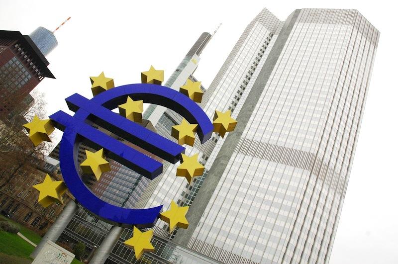 Le siège de la BCE à Francfort. Elle ne maîtrise plus la siuation monétaire et financière qu'elle a créée. Politique magazine.