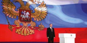 Le 1er mars, Poutine adresse son message annuel au parlement, axé sur les questions de défense. Politique magazine