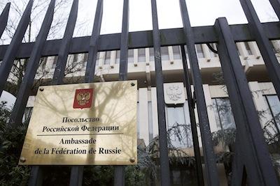 L'ambassade de Russie à Paris : quatre diplomates ont été expulsés par la France. Politique magazine