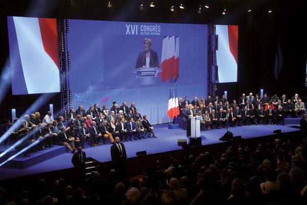Un congrès pour définir une stratégie d'investissement de la République. Politique magazine
