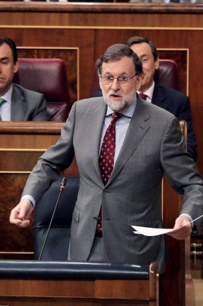 le Premier ministre espagnol Rajoy a sur les bras une affaire compliquée et explosive. Politique magazine