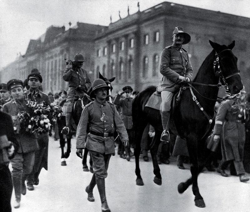Heia Safari!Général von Lettow-Vorbeck, du Kilimanjaro aux combats de Berlin (1914-1920). Politique magazine