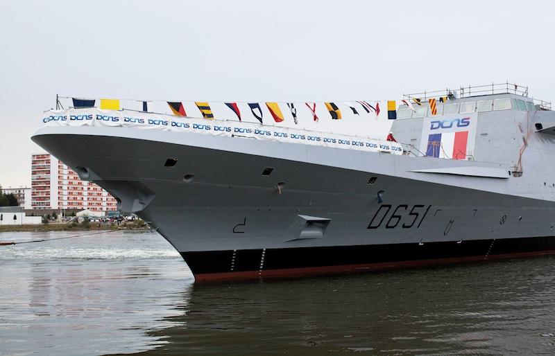 Le lancement par la DCNS, à Lorient, de la frégate FREMM (multi-mission) Normandie.